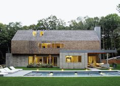 Even the poolis the result of mixed influences: Andrew wanted a series of shallow, gently sloping hangout zones; his wife, Amy, a former...