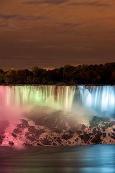 ✮ The American Falls at Night, Niagara Falls, New York - Awesome Pic!