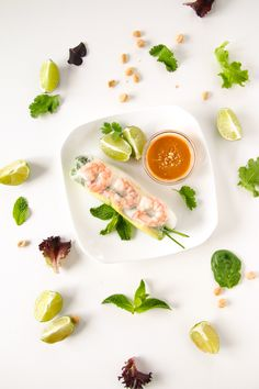 Shrimp and Avocado Summer Rolls (Fresh Spring Rolls) Shrimp Spring Rolls, Fresh Spring Rolls, Summer Rolls, Fresh Rolls, Avocado Roll, Shrimp Avocado, Peanut Dipping Sauces, Cooking Recipes, Healthy Recipes