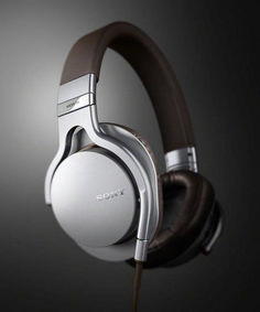 Sony Series Headphones, nice but if there's mic function I'd get it! Best Headphones, Audio Headphones, Sennheiser Headphones, Gadgets, Id Design, Audiophile, Industrial Design, Headset, Designer