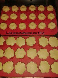 http://lesgourmandizdetifa.wordpress.com/2014/12/28/minis-tartelettes-au-citron-meringuees/ Technique pour les bases de pâte sablée