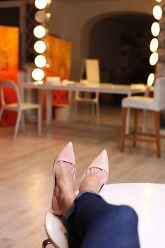 Mihaela Glavan si #Selfeet, cel mai trendy selfie al verii! #pantofi #andreearaicu #mihaelaglavan