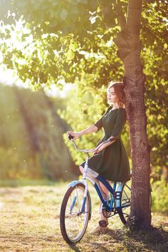 We me there, under the aspen tree, her on her bike and I my beat up shoes-DuBois----35PHOTO - Александр Виноградов - Аня