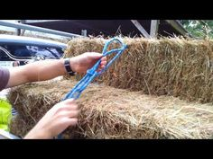 The Truckies Hitch - YouTube