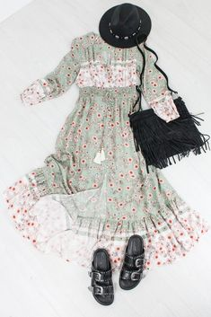 Sweetheart of the Rodeo Maxi Dress Sunflower Print, Spring Looks, Wooden Beads, Rodeo, Nice Dresses, Latina, America, Fashion, Moda