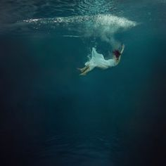 Submerged Dancers Capture the Essence of Weightlessness