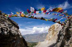 Tibetan Prayer Flags - prayers carried away by the wind Tibetan Art, Tibetan Buddhism, Dalai Lama, Earth Flag, Prayer Flags, World Of Color, Travel Around The World, Travel Photography, Beautiful Places