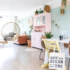 Ikea Hack Malm – A DIY bed bench from MALM cupboards – A good story – Famous Last Words Room Swing, Ikea Hack, Pastel House, Bed Bench, Target Home Decor, Living Spaces, Living Room, Diy Bed, Dream Rooms