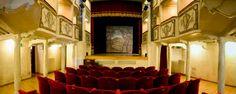 @SmallestTheater in Monte Castello di Vibio www.teatropiccolo.it