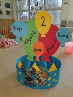 Birthday Card Pop Up, Class Activities, Animal Crafts, Tweety, Kindergarten, Birthdays, School, Kids, Baby