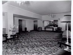 Foyer of Plaza theatre, 586 North Road, Ormond [picture] , State Library of Victoria