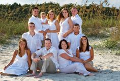Large+Family+Photography+Poses | Large family pose on beach | Flickr - Photo Sharing!