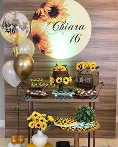 49 Great Party Decor Inspirations for Teenage Girls Sunflower Birthday Parties, Country Birthday Party, Sunflower Party, Sunflower Baby Showers, 50th Birthday Decorations, Balloon Decorations, Yellow Party Decorations, 16th Birthday, Girl Birthday