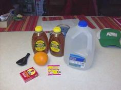 This will show you the absolute fastest and easiest way to make yourself a batch of mead honey wine. Just needs a quick trip to the grocery store. Whisky, Mead Wine, Mead Beer, Honey Mead, How To Make Mead, Mead Recipe, Wine Recipes, Cooking Recipes, Honey Wine