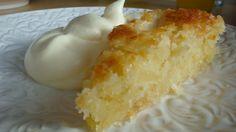 Jag måste säga att jag har dålig erfarenhet från glutenfria bakupplevelser. Men nu äntligen, här kommer recept på en supergod äppelkaka som även kan bjudas på när man har glutenintoleranta gäster! …