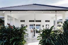 Astounding Useful Ideas: Coastal Hamptons Guest Rooms coastal exterior paint colors.Coastal Apartment Nautical american coastal kitchen.Coastal Bar Nautical..