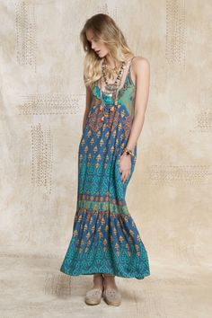Me encantó la nueva colección Verano 16, mirá lo nuevo en Rapsodiastore.com > Vestido Tribal Sari