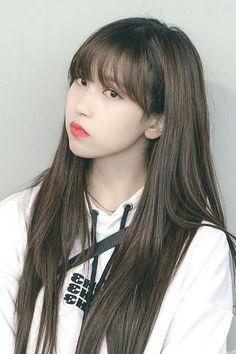 Check out Twice @ Iomoio Kpop Girl Groups, Korean Girl Groups, Kpop Girls, Nayeon, Sana Momo, Peinados Pin Up, Chaeyoung Twice, Twice Kpop, Japanese American