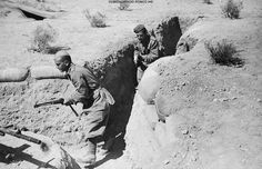 Folgore paratroopers in trench, El Alamein,1942 - pin by Paolo Marzioli