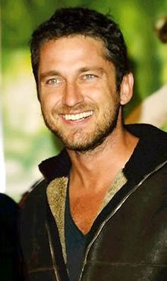 Pictures of Gerard you Love | Weirdly Obsessive Gerard Butler Fans