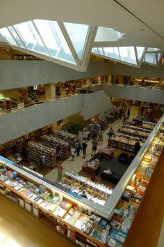 cafesblog: Academic Bookshop, Helsinki