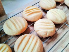 Recipe for Melting moments custard powder cookies biscuits Sugar Biscuits Recipe, Custard Biscuits, Custard Cookies, Biscuit Recipe, Coffee Cookies, Biscuit Cookies, Custard Recipes, Baking Recipes, Cookie Desserts