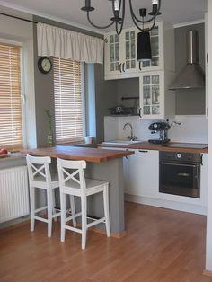 Barek w kuchni z karton gipsu