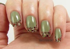 Olive Autumn Nails mit Urban Jungle (BEAUTY UK, West End Girl)