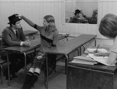 BANDE À PART Sami Frey, Anna Karina pendant le cours d'anglais