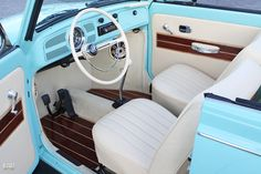 VW Bug Interior - very clean n would need to b kept that way.