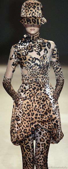 Givenchy Haute Couture | Fall 2007