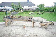 Nieuw bij De Stapelbakker! een speelplek met waterpomp. Er is genoeg te doen bij De Stapelbakker dus trek voor uw volgende bezoek maar wat extra tijd uit!