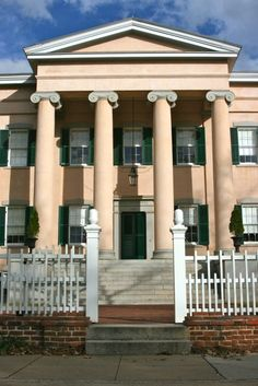 The historic Old Governor's Mansion in Milledgeville, Georgia. Photo by Amy Laurel Hegy @twotramps