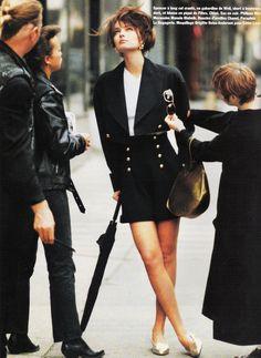 Vogue Paris June/July 1989 Paulina Porizkova photographed by Arthur Elgort Styling by Barbara Dante Fashion Poses, 80s Fashion, Vintage Fashion, Vintage Style, Arthur Elgort, Paulina Porizkova, Original Supermodels, Power Dressing, Vintage Models