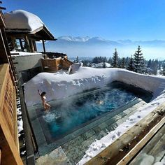 Comparateur de voyages http://www.hotels-live.com : Only in Switzerland would you ever do this @luxury by splendid.world https://www.instagram.com/p/BBIowSWxQBL/ #Flickr via https://instagram.com/hotelspaschers via Hotels-live.com https://www.facebook.com/125048940862168/photos/a.1069203666446686.1073741901.125048940862168/1094423680591351/?type=3 #Tumblr #Hotels-live.com