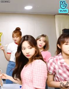 Yuri Gif, Minions, Yoon Sun Young, Cute Hamsters, Female Singers, The Wiz, Girl Names, Boyfriend Material, Kpop Girls