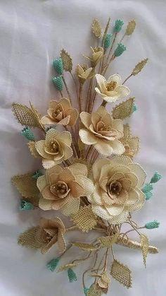 This Pin was discovered by EsmMost Beautiful Needlework # Iğneoya of # Iğneoyalarıhavlukenar of. Jute Flowers, Seed Bead Flowers, Beaded Flowers, Diy Flowers, Crochet Flowers, Fabric Flowers, Paper Flowers, Burlap Crafts, Diy And Crafts