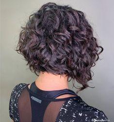Short Curly Bob Haircut, Medium Curly Bob, Long Curly Bob, Medium Curly Haircuts, Grey Curly Hair, Haircuts For Curly Hair, Curly Hair Tips, Curly Hair Styles, Bobs For Curly Hair