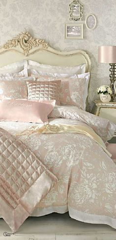 Soft Blush Pink and Cream, just stunning, love the satin sheen it has to it~❥