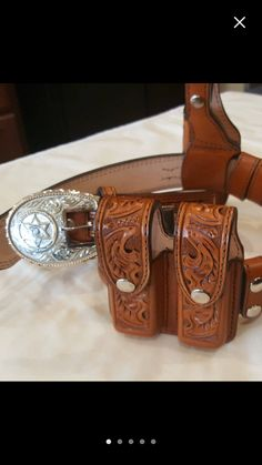 Beautiful duty rig and custom made belt buckle by Campbell's custom leather....check them out on Etsy or www.campbellscustomleathers.com
