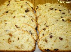 Mouku s práškem do pečiva prosijeme, přidáme tuk, tvaroh, smetanu a sůl. Vypracujeme těsto, do kterého zapracujeme kůru, rozinky a celé mandle.… Russian Recipes, Christmas Cookies, Mashed Potatoes, Banana Bread, Sweet Tooth, Muffin, Cheese, Baking, Breakfast