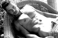 19 Smoking Hot Pictures of Jamie Dornan, AKA Mr. Grey!