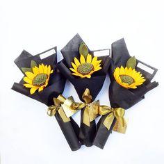 Hey sun flower  Recomended bgt nih! . . . . . . . . . #bungaflanelpku#bungaflanel#bungaflanelmurah#pekanbaru#bunga#bungamurah#buket#buketflanel#handbouquet#hadiahwisuda#hadiahyudisium#gift#hadiahmurah#pkulover#bungagrosir#unri#uin#uir#padang#jakarta#medan#riau#bekasi#indonesia#infopekanbaru#inforiau#pkulover#bungaflanelcantik#interpreneur#feltflowers