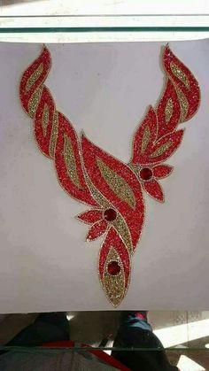 Yaka  modelleri Tambour Beading, Tambour Embroidery, Bead Embroidery Patterns, Rose Embroidery, Hand Embroidery Stitches, Hand Embroidery Designs, Flower Words, Motifs Perler, Jewellery Sketches