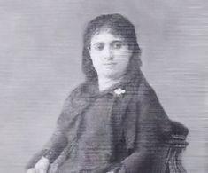 """Sırpuhi Düsap-Sırpuhi Düsap İlk Ermeni feminist kadın romancıdır. """"Bu yolda defne yapraklarından çok uçurumlar var."""" Doğum Tarihi: 1841 Doğum Yeri: İstanbul, Ortaköy Ölüm Tarihi: 16/01/1901 Ölüm Yeri: İstanbul Mezarı: Latin Katolik Mezarlığı, Feriköy, İstanbul"""