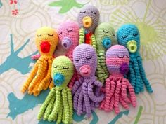 Tutorial on How to Crochet an Amigurumi octopus pacifier