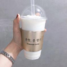 Coffee Cup Design, Cafe Interior Design, Coffee Packaging, Baking Ingredients, Food Truck, Cookie Dough, Bakery, Like4like, Branding