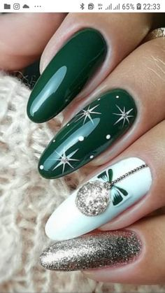 Best And Merry Christmas Nail Art Ideas – Page 28 of 37 – newyearlights. com Related posts:Accent nails short accent nails glitter, Christmas Nails Design in. Cute Christmas Nails, Xmas Nails, Christmas Nail Art Designs, Winter Nail Designs, Holiday Nails, Halloween Nails, Merry Christmas, Christmas Ideas, Tree Nails