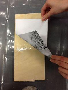 KUVANSIIRTO PUULLE Kiva-lakalla Tarvikkeet: -lautaa, vaneria yms. puulevyä -hiekkapaperi -laserprintattu kuva ...