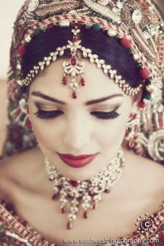 bridal jewelry and makeup indian